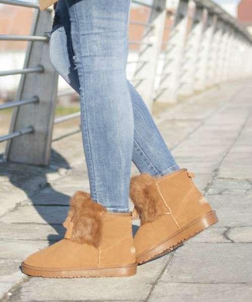 Razne ženske čizme ovisno o prigodi