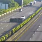 Teslinim Modelom 3 izravno u prevrnuti kamion, još se ne zna da li je bio uključen autopilot